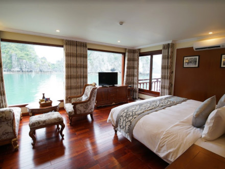 Emperor Cruises Halong - State Suite